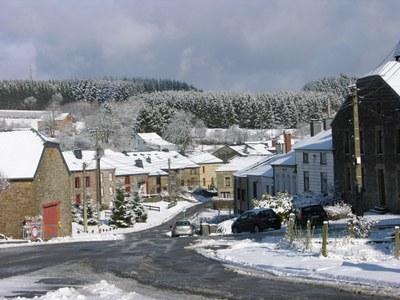 2009 - sugny - hiver - neige redim (jmv).jpg